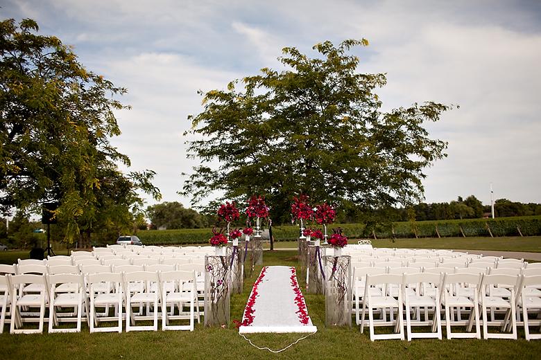 wedding ceremony at Chateau Des Charmes Niagara