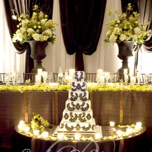 Cascading head table design by Rachel A. Clingen Weddings Toronto