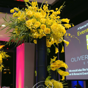 rac-corporate-event-floral-centerpieces