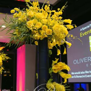 rac-corporate-event-floral-centerpieces