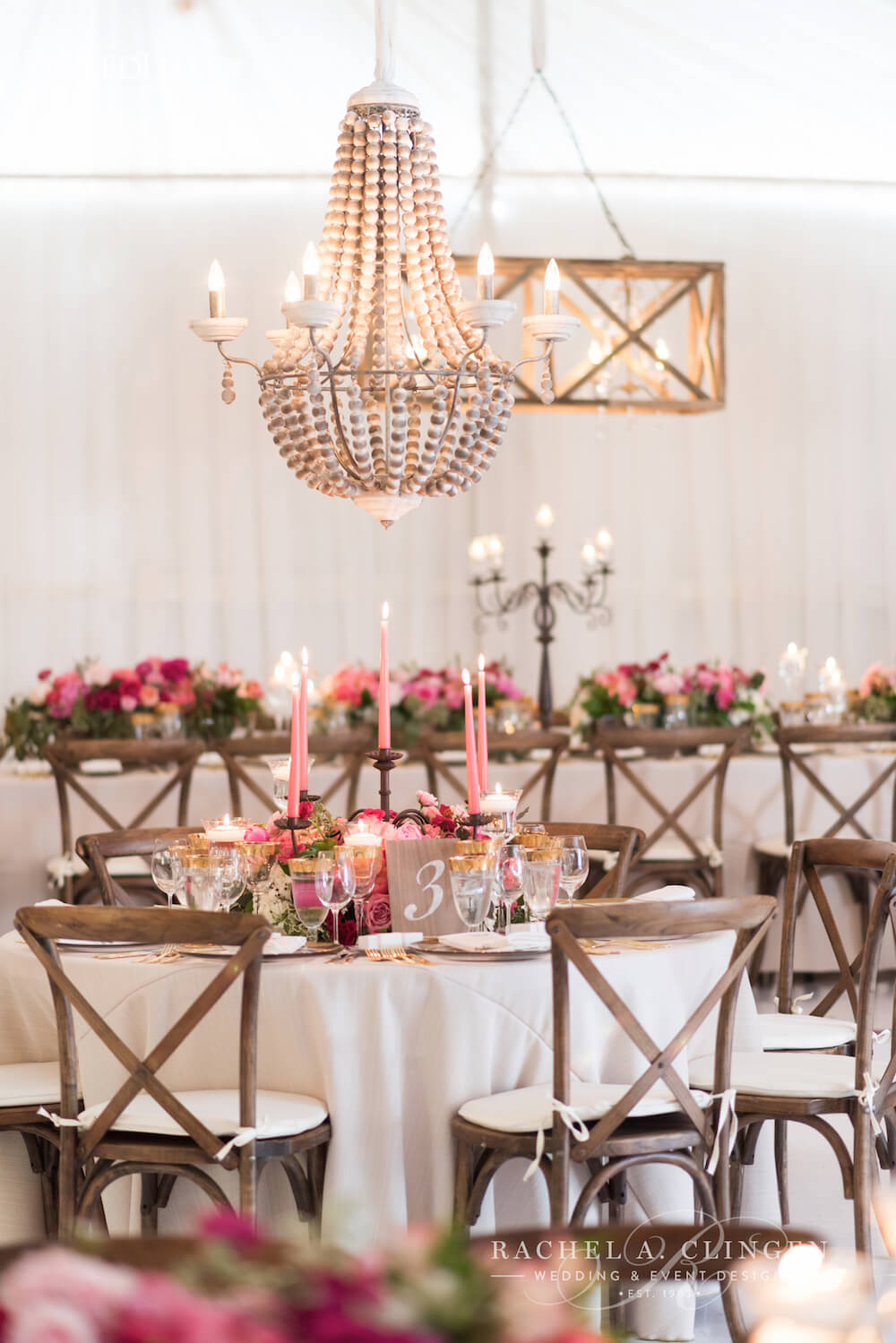muskoka-tent-wedding-decor-chandeliers