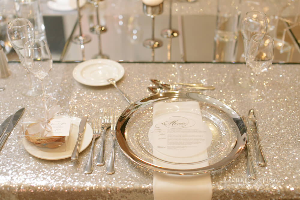 luxury-place-setting-charger-plate-decor