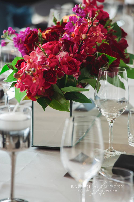red-wedding-flowers-decor