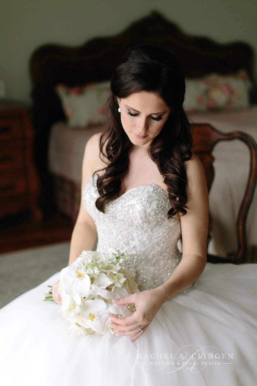 white-wedding-bouquet-orchids