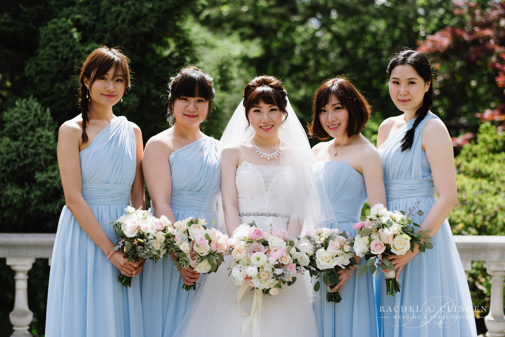 blue-pink-wedding-flowers-bouquets