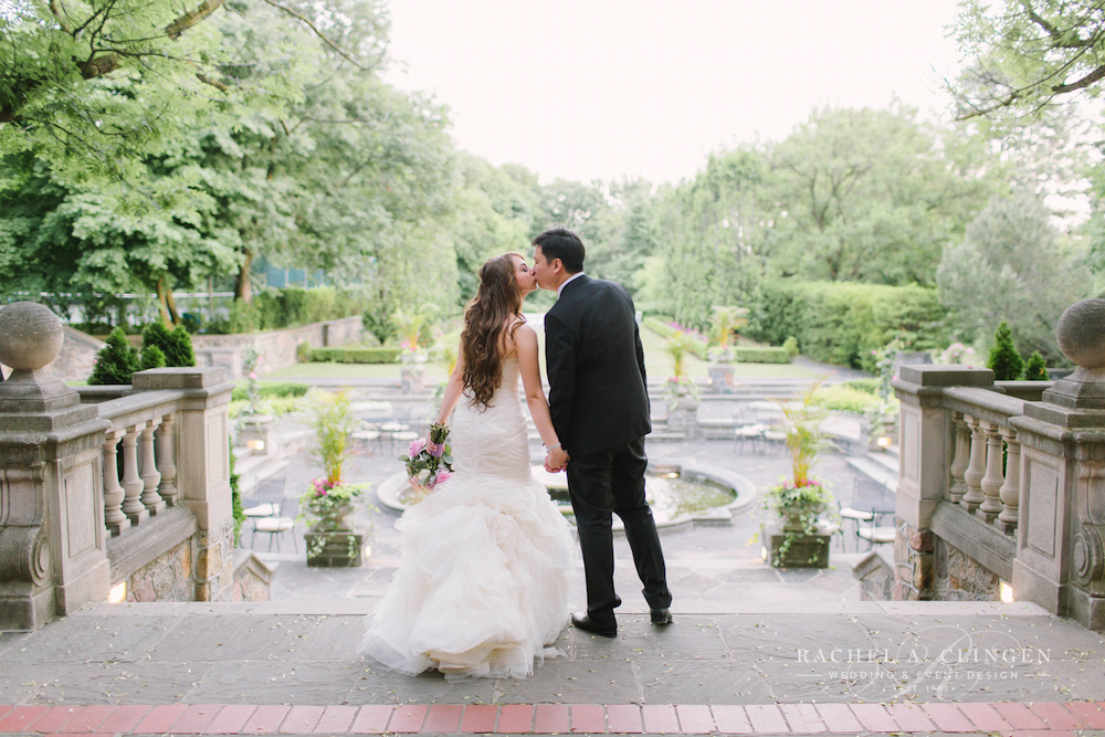 weddings-at-graydon-hall-toronto