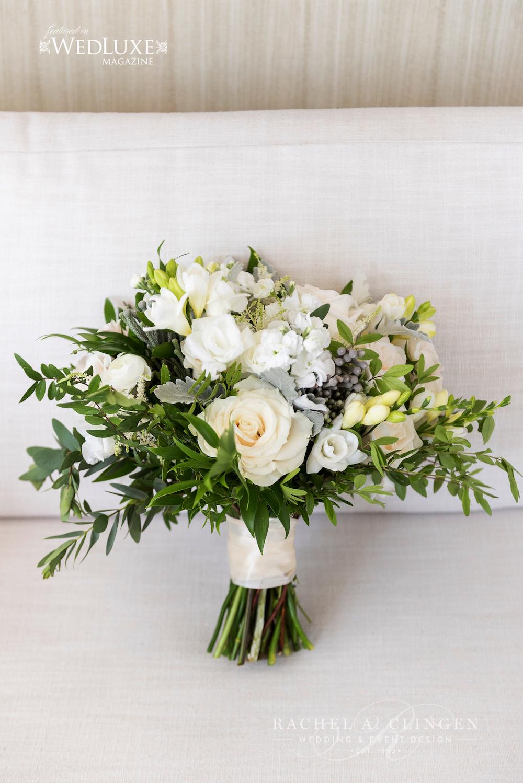 White garden flowers bouquet wedding decor toronto rachel a white garden flowers bouquet izmirmasajfo
