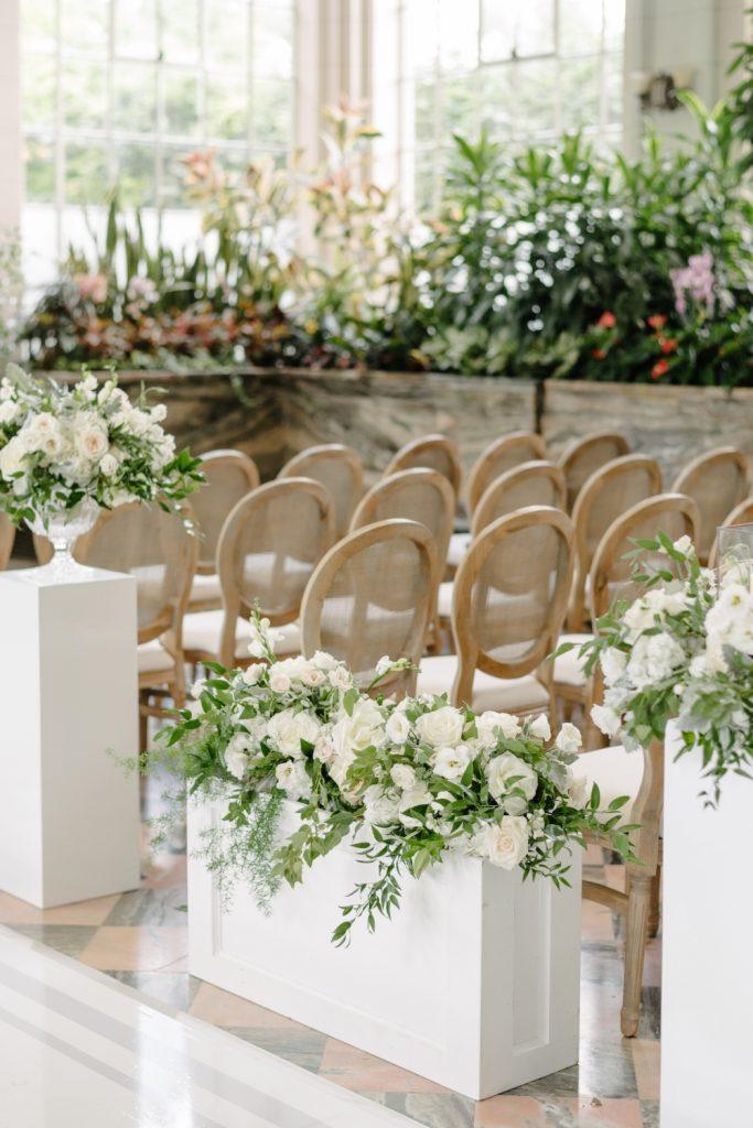 aisle flowers casa loma 1