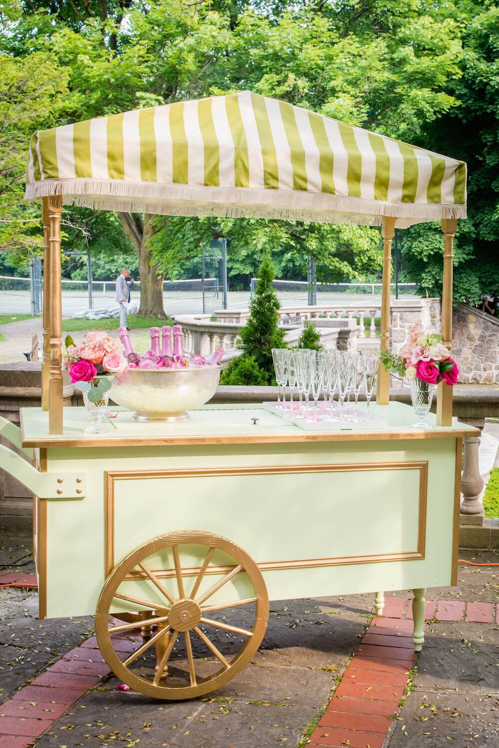 champagne cart graydon hall wedding 2