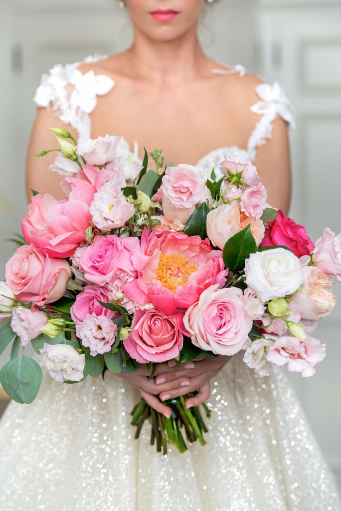 coral pink bridal bouquet