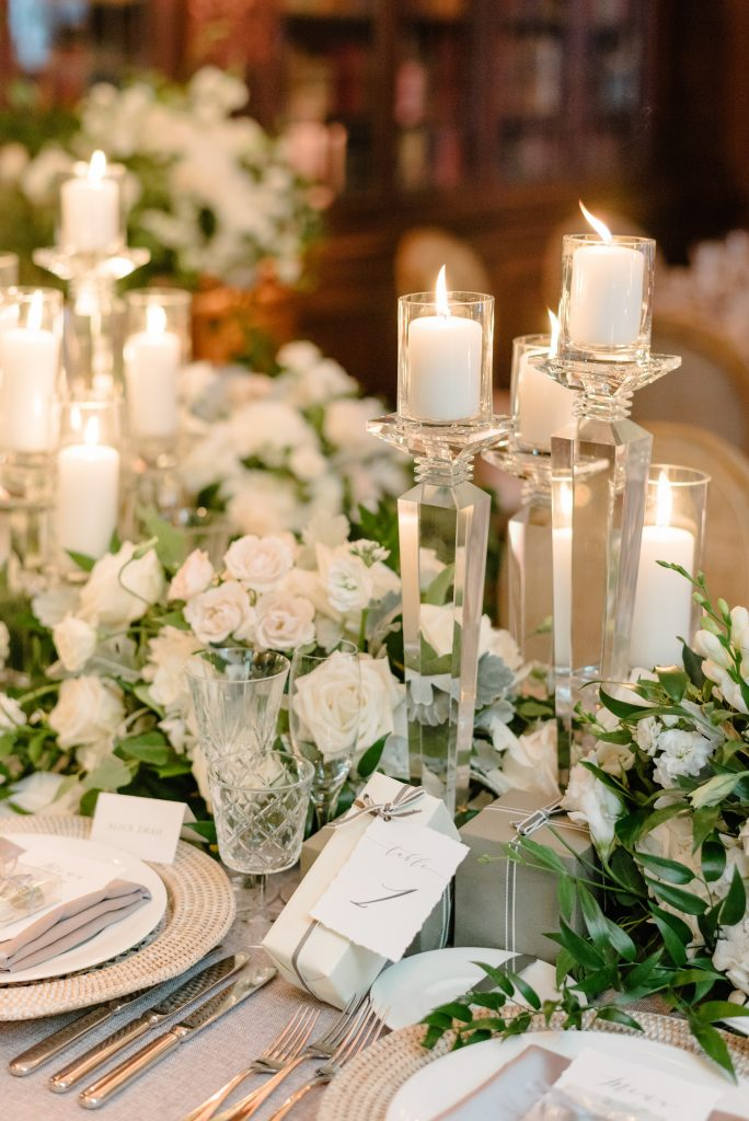 head table flowers candles