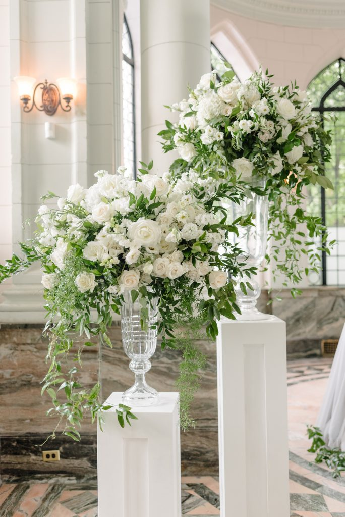 luxury ivory wedding flowers toronto