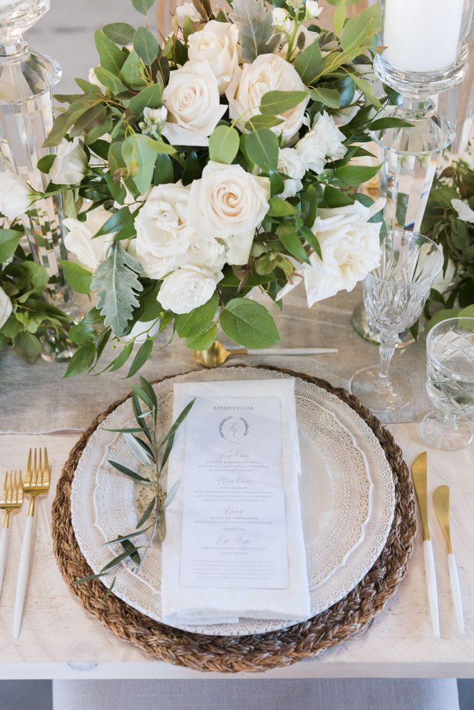 luxury wedding flowers toronto placesetting