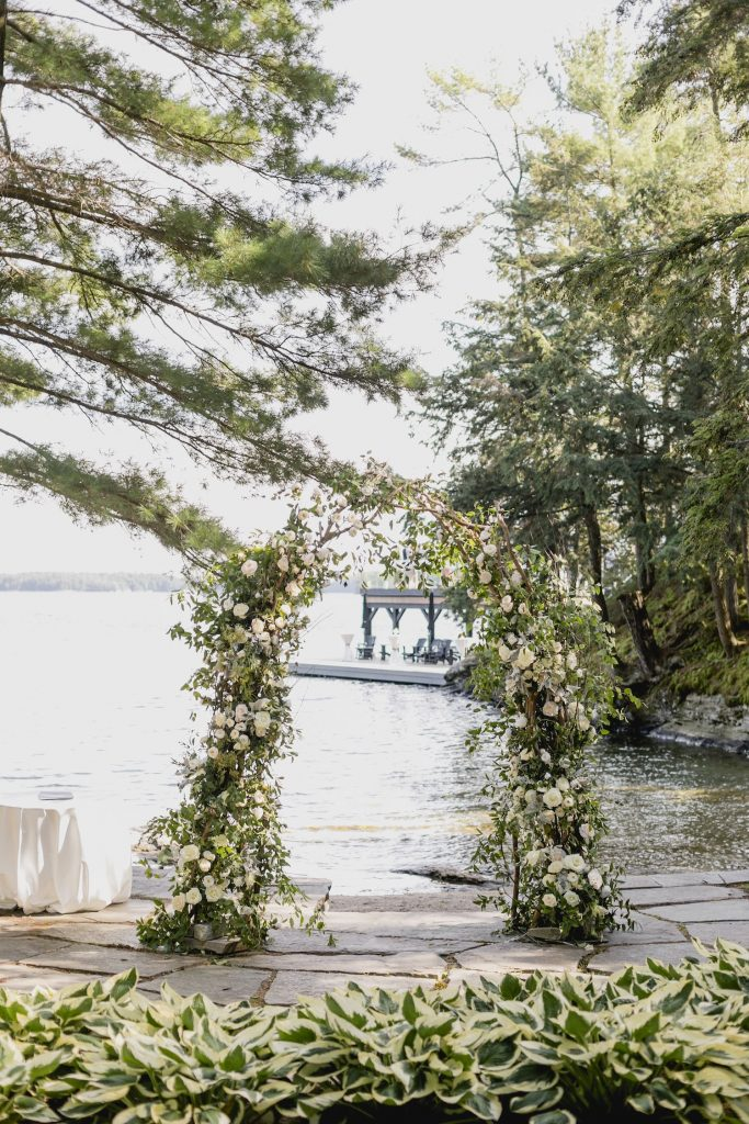muskoka wedding arch flowers