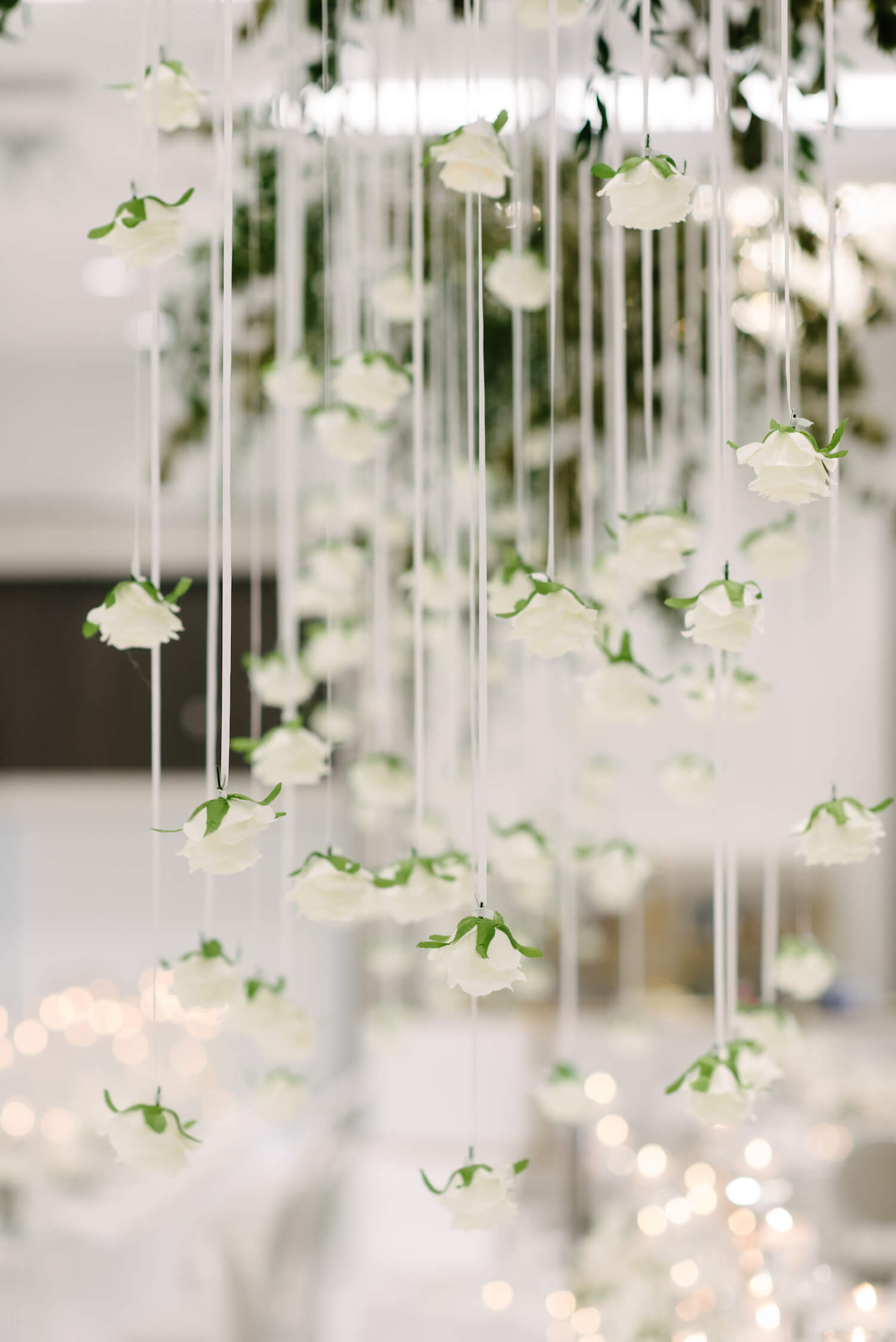 suspended flowers centrepieces 1