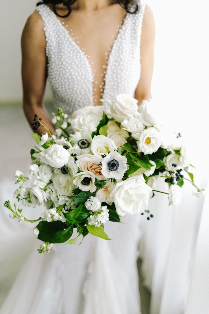 white bouquet black accent rachel a clingen