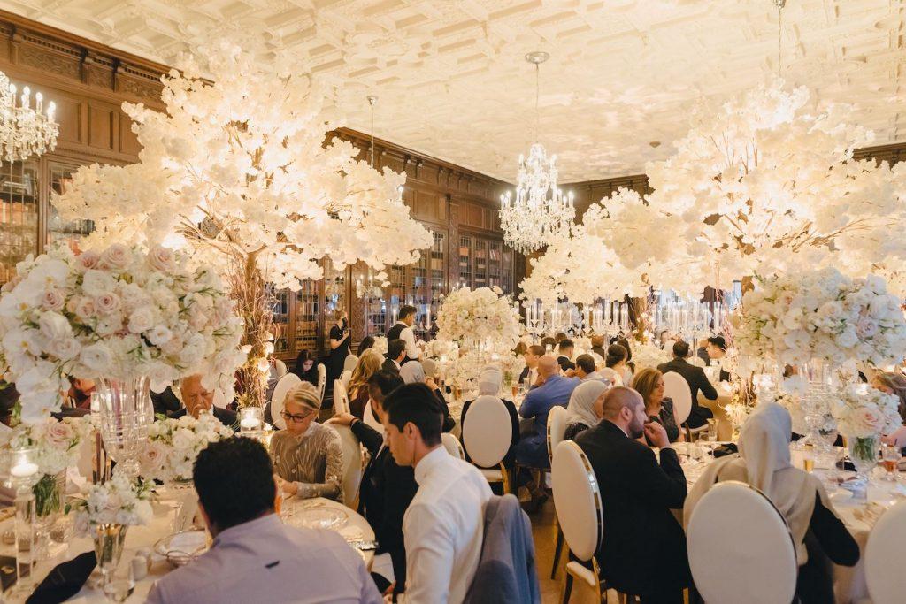 white wedding flowers casa loma