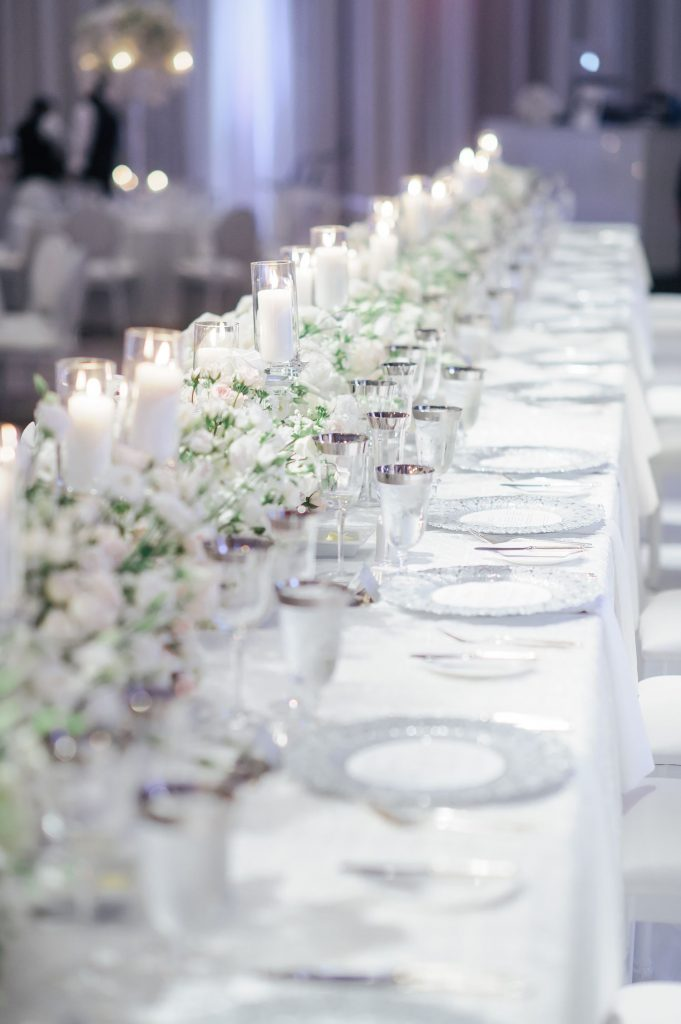 luxury head table flowers