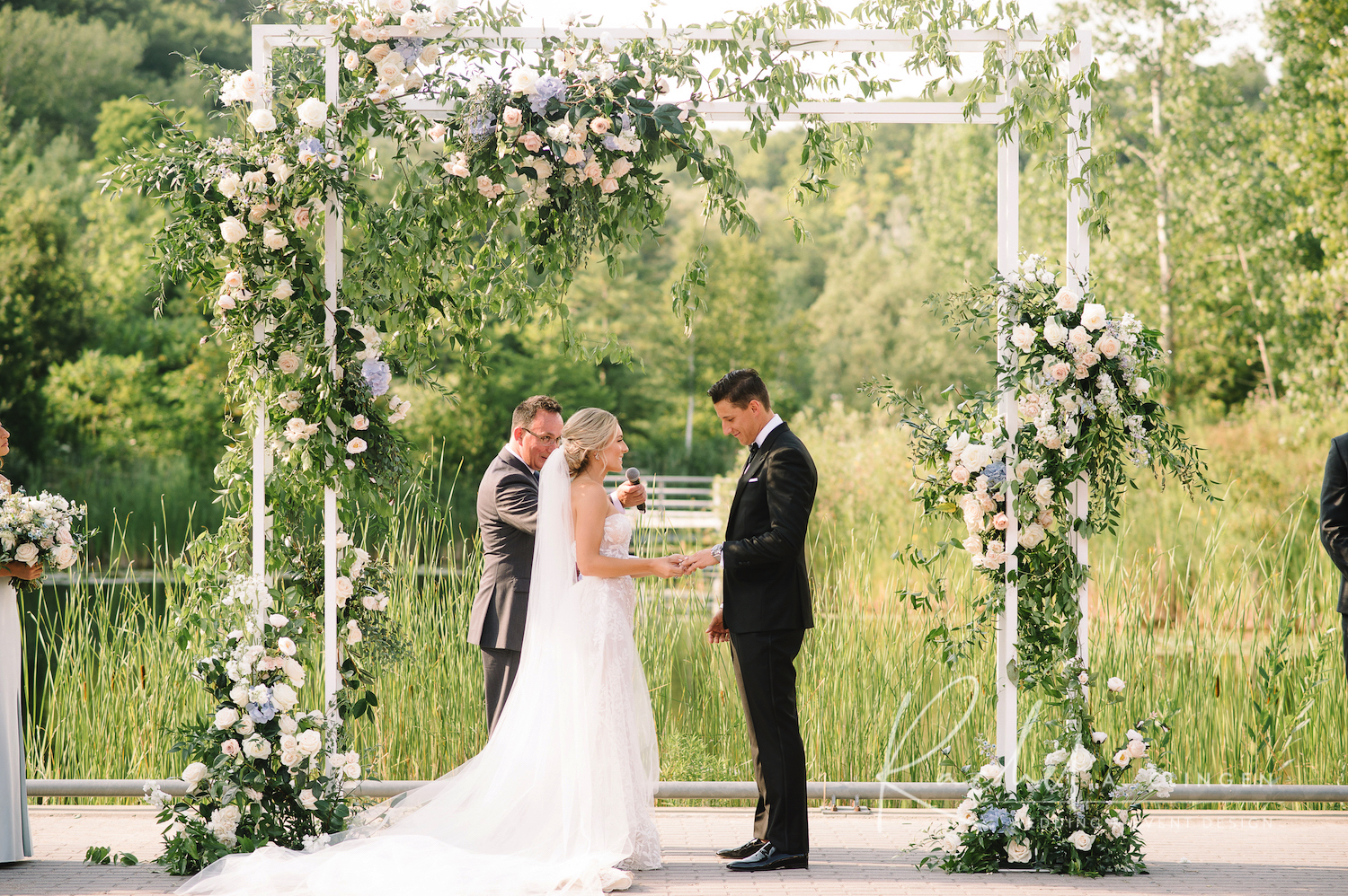 evergreen brickworks wedding ceremony flowers