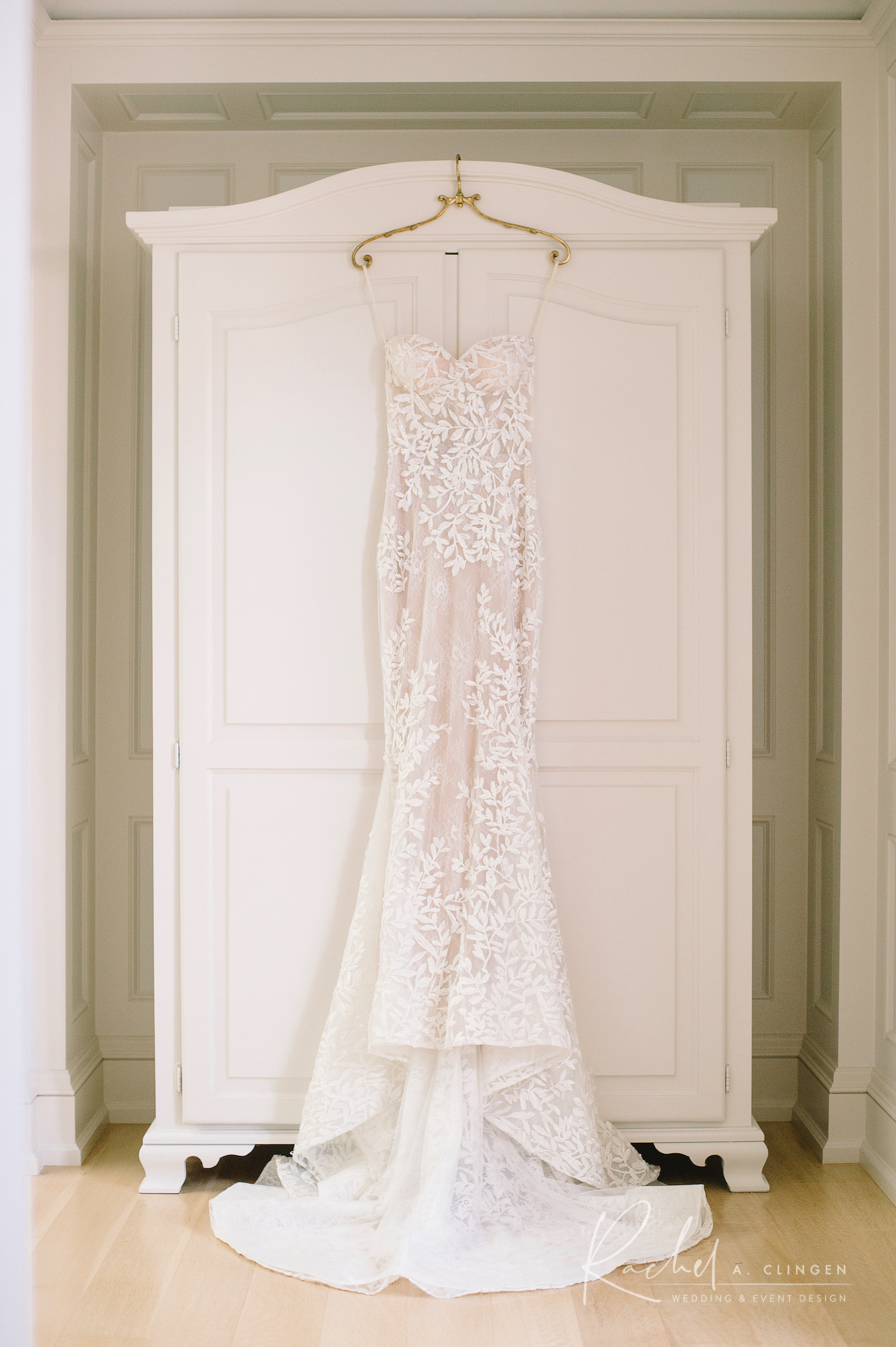 sydney strome gown