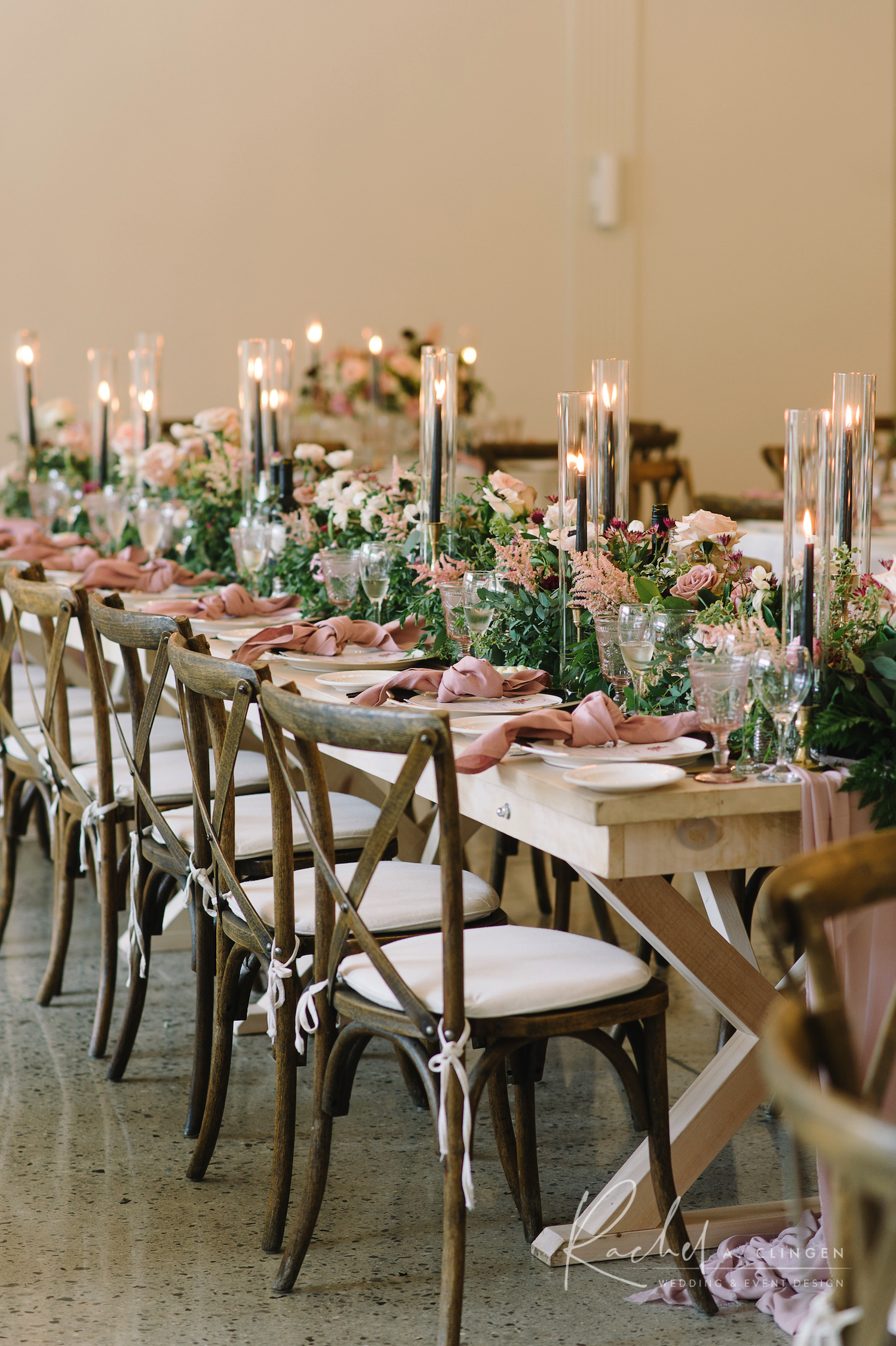 gallery table flowers design
