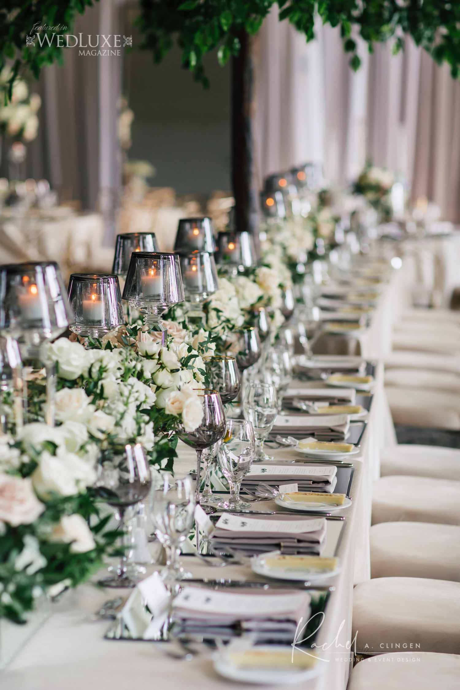 gallery table flowers decor