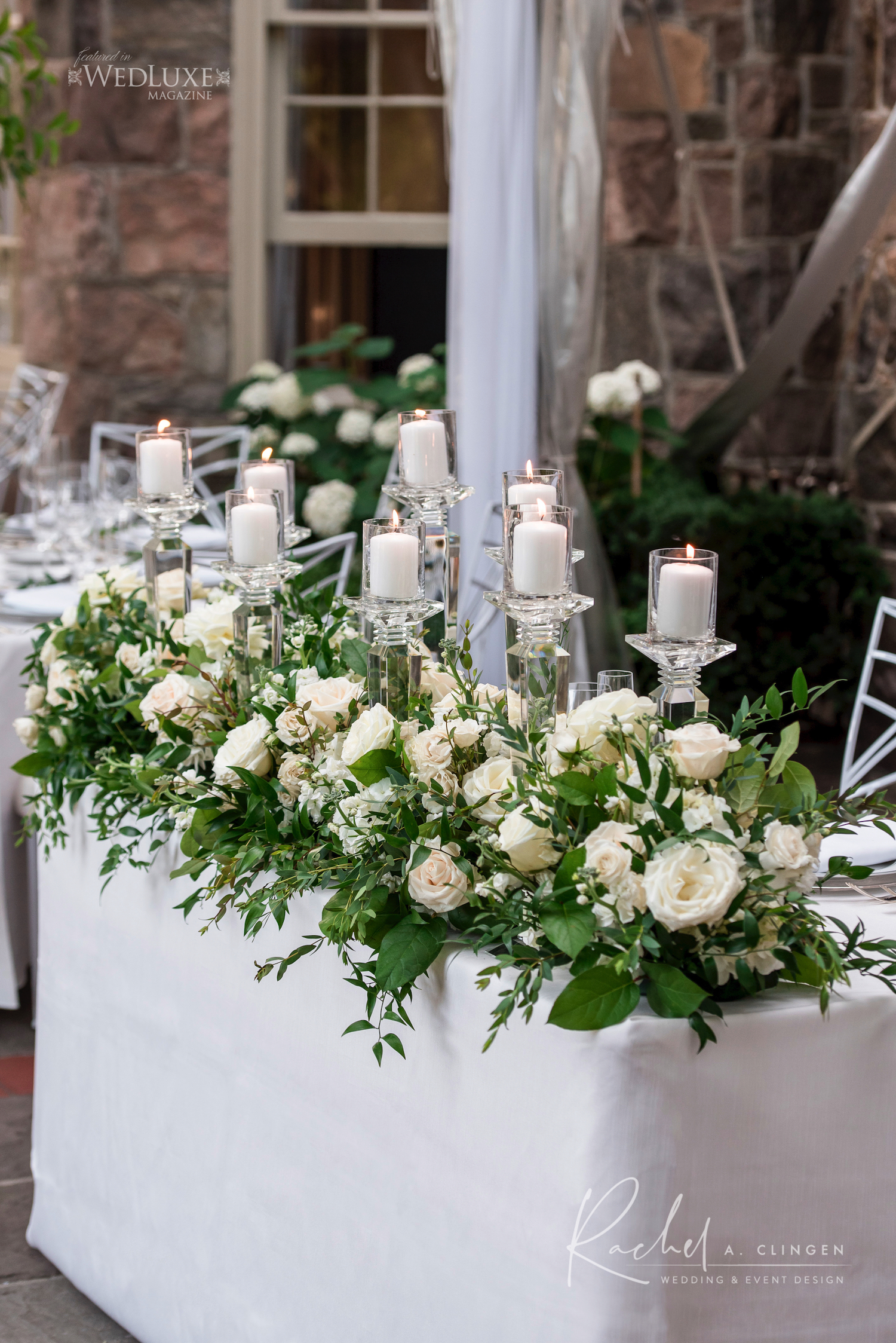 head table flowers decor
