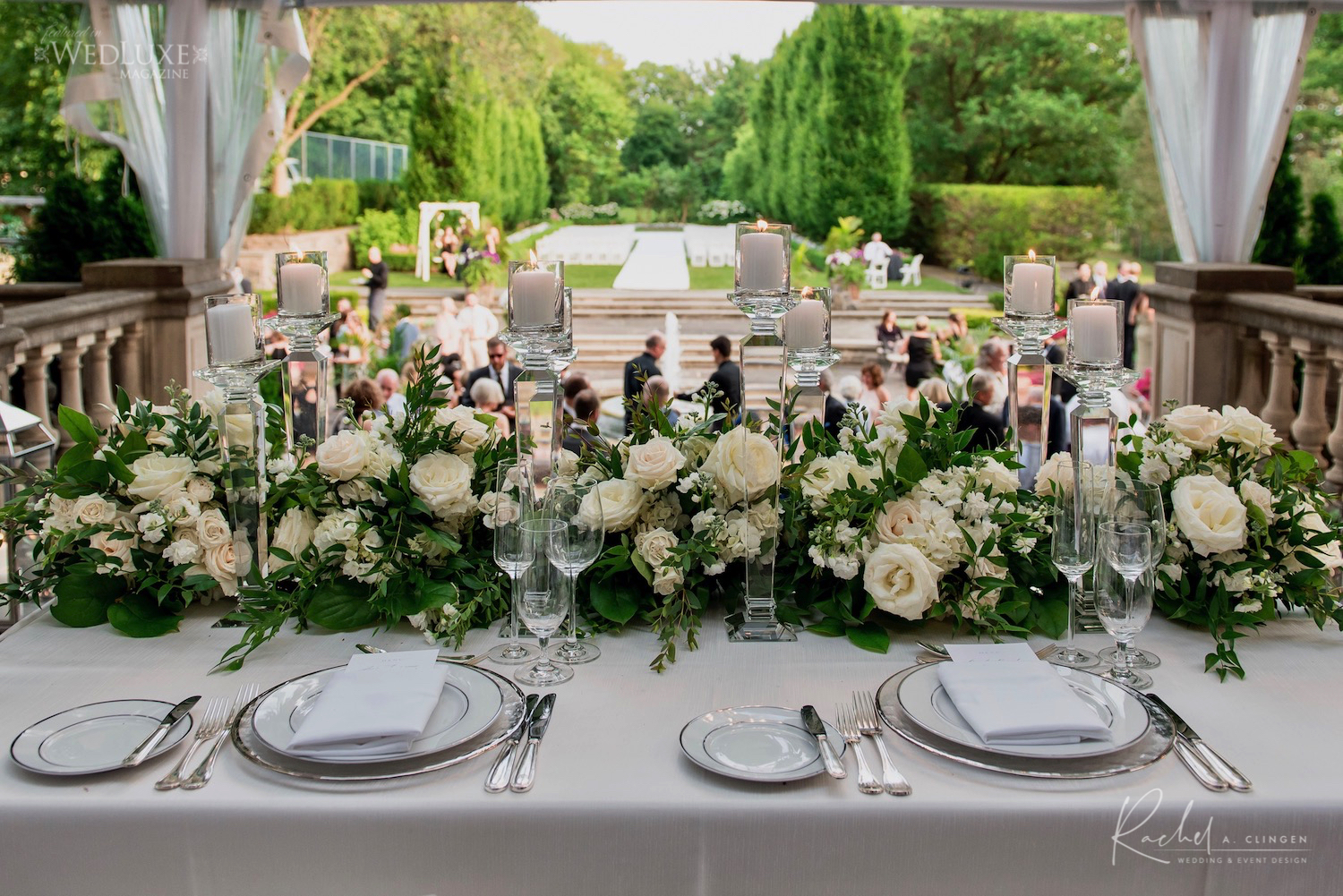 head table ivory flowers