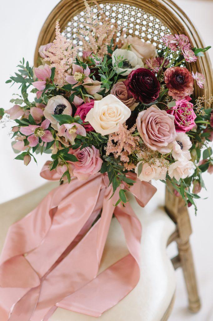 mauve dusty rose bouquet