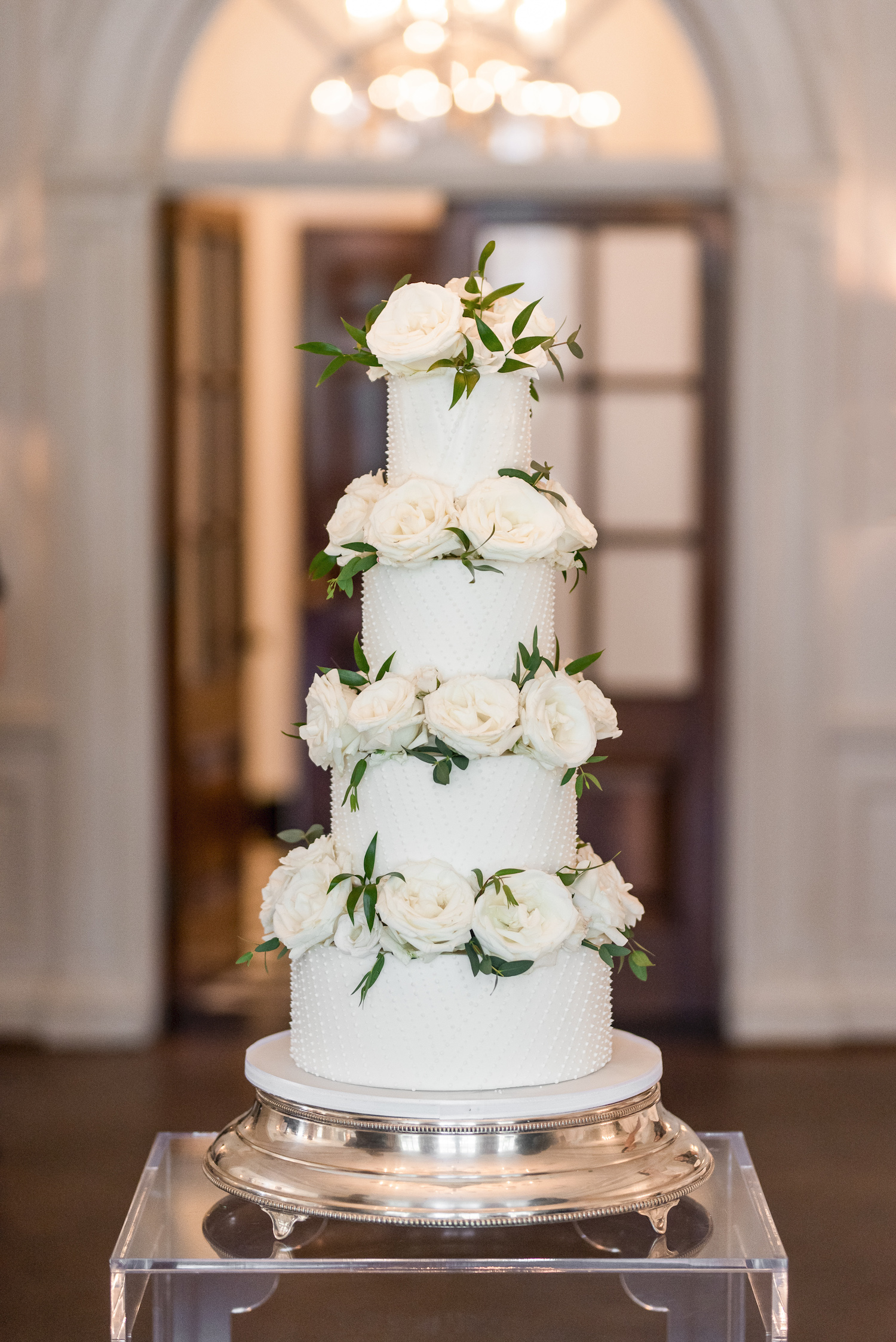 wedding cake flowers toronto
