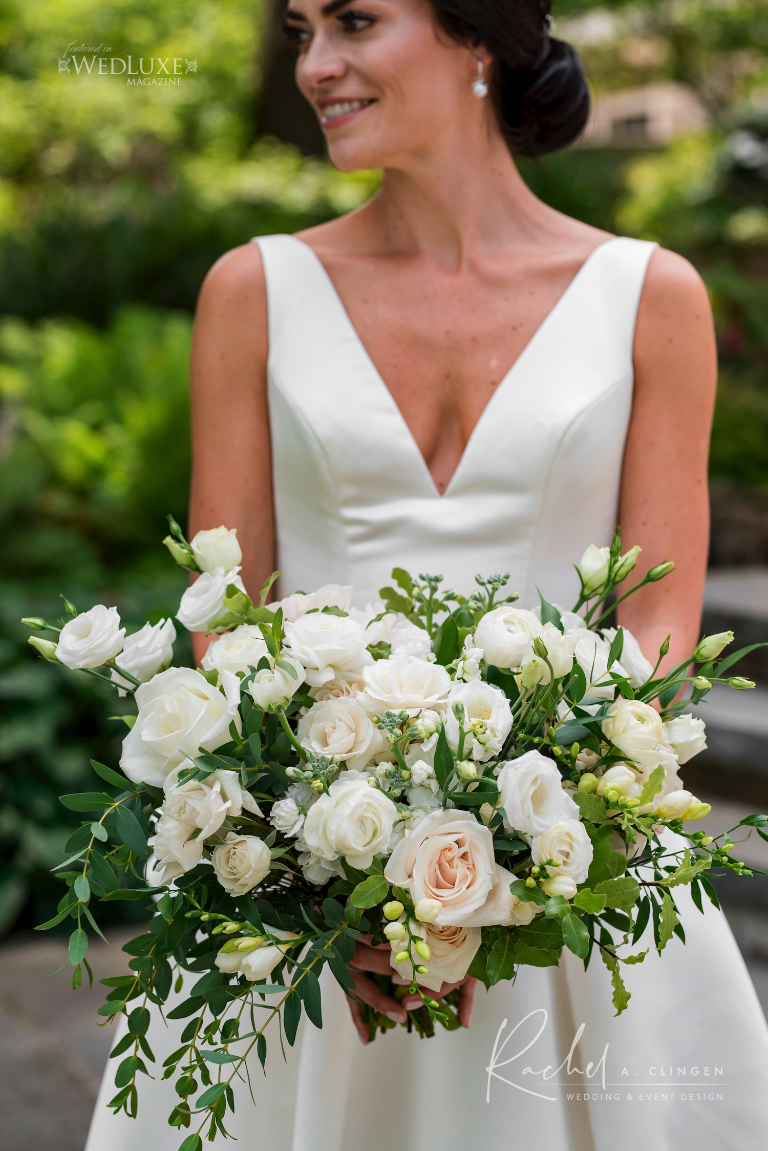 white green bridal bouquet