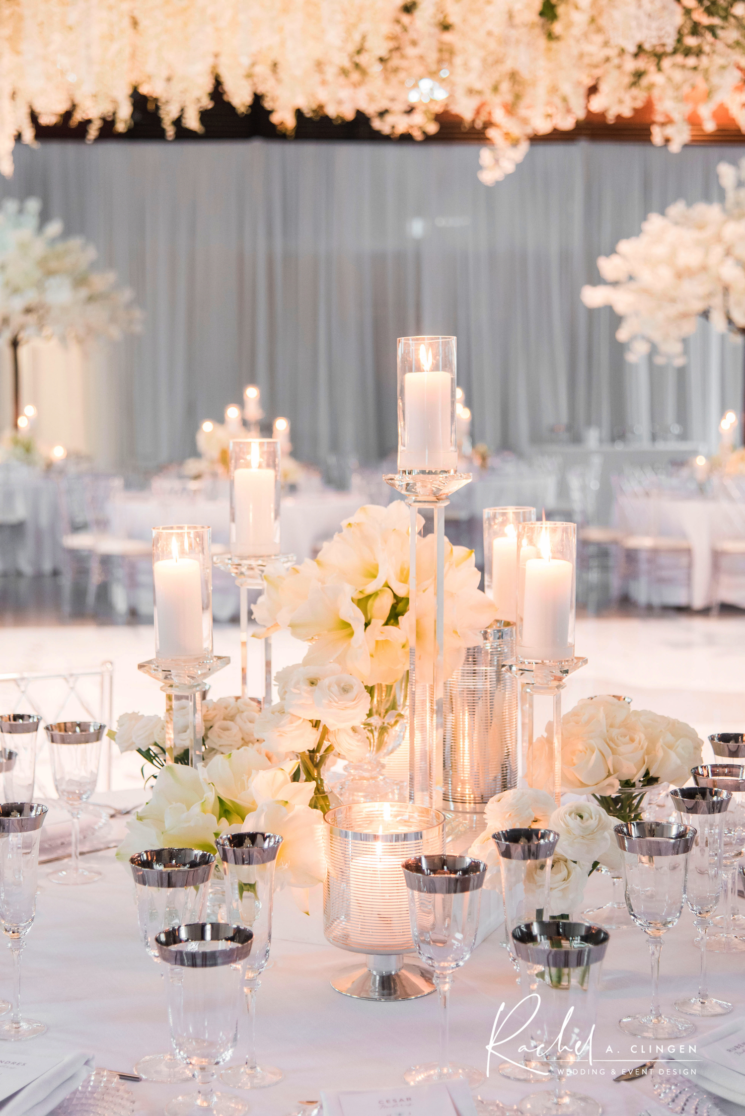 white flowers centrepiece