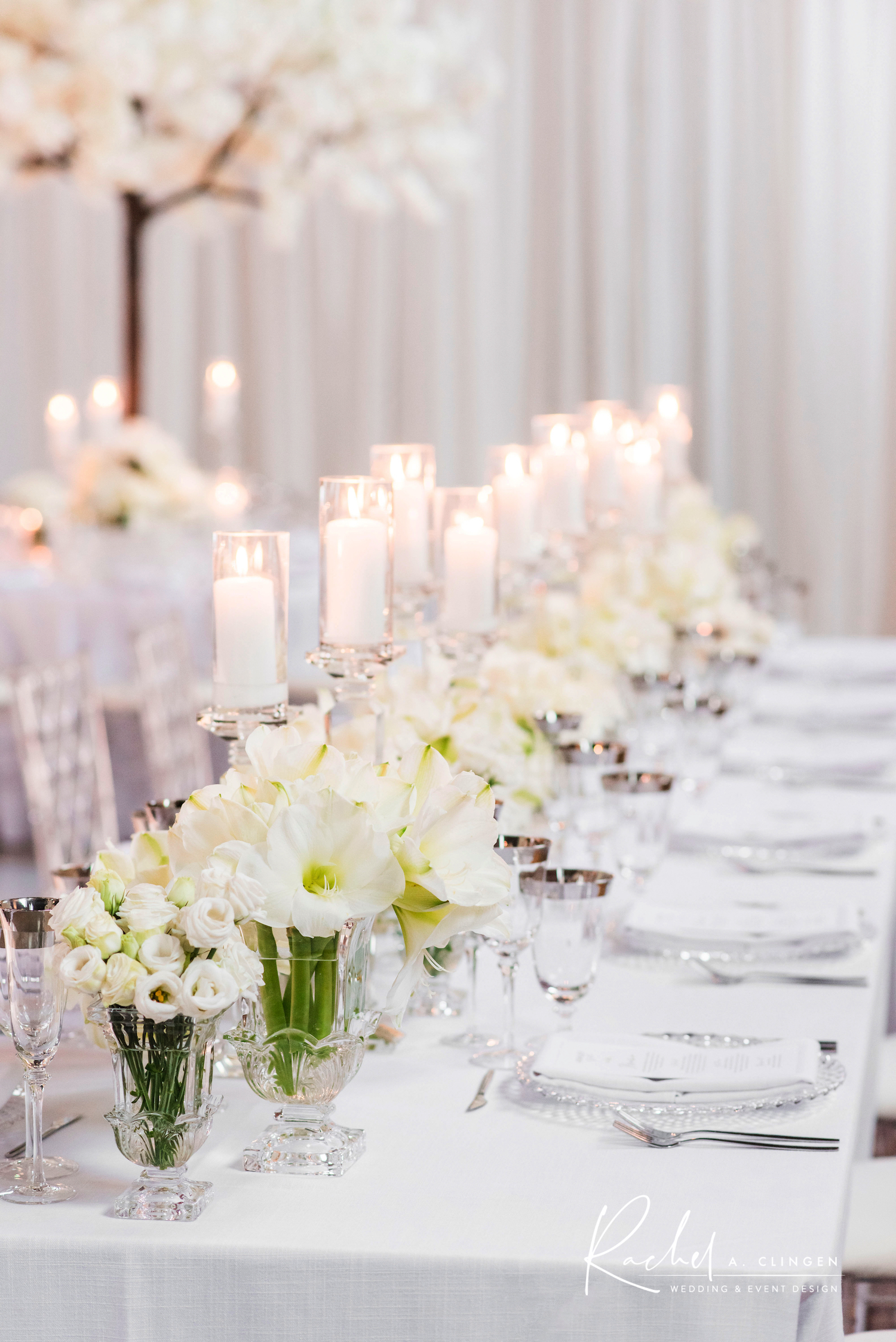 winter wedding head table flowers