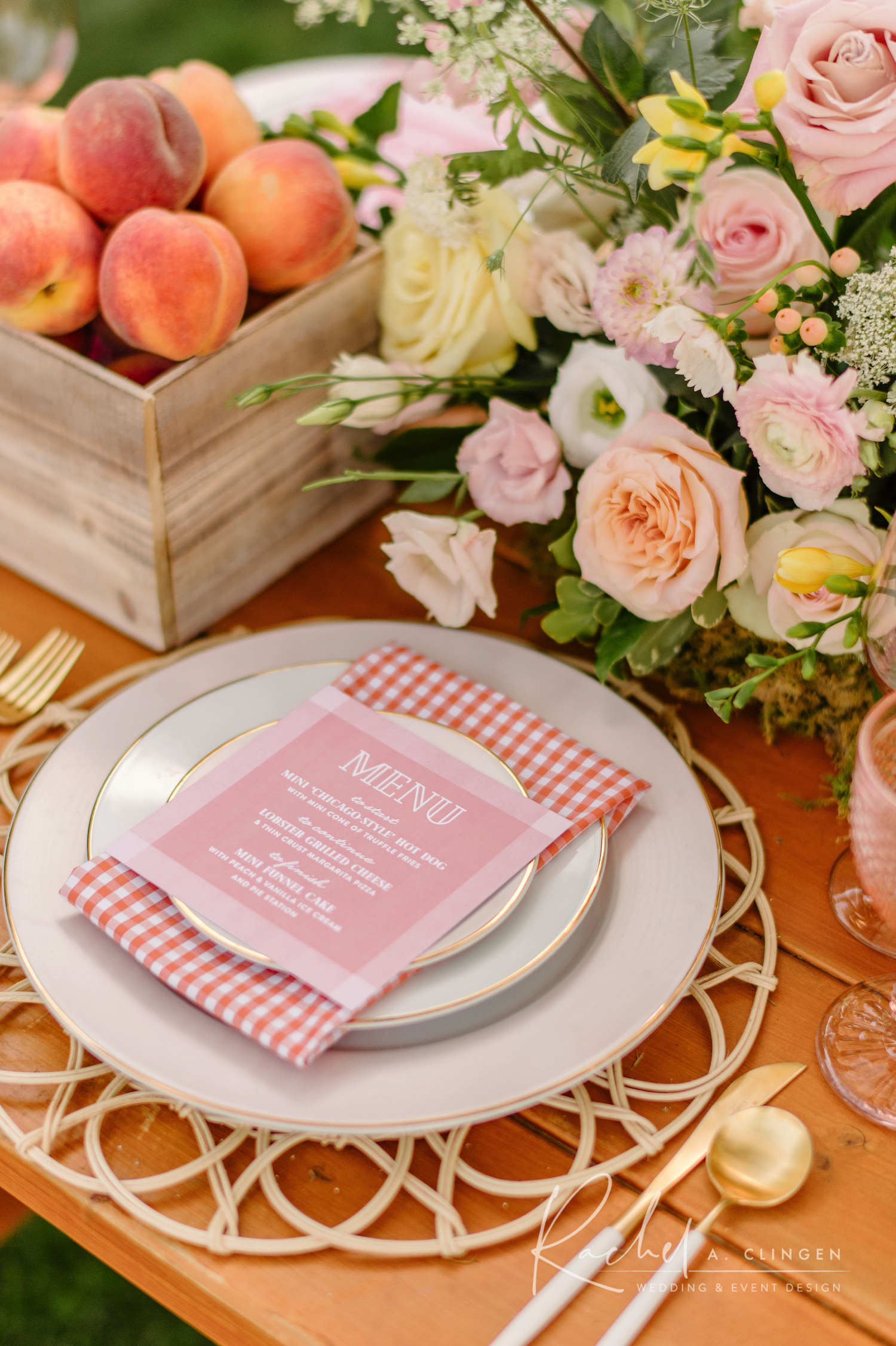birthday party picnic placesettings