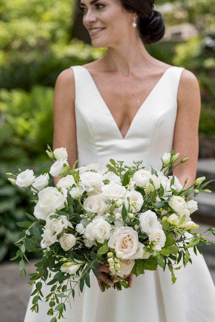 bridal flowers bouquet rachel a clingen