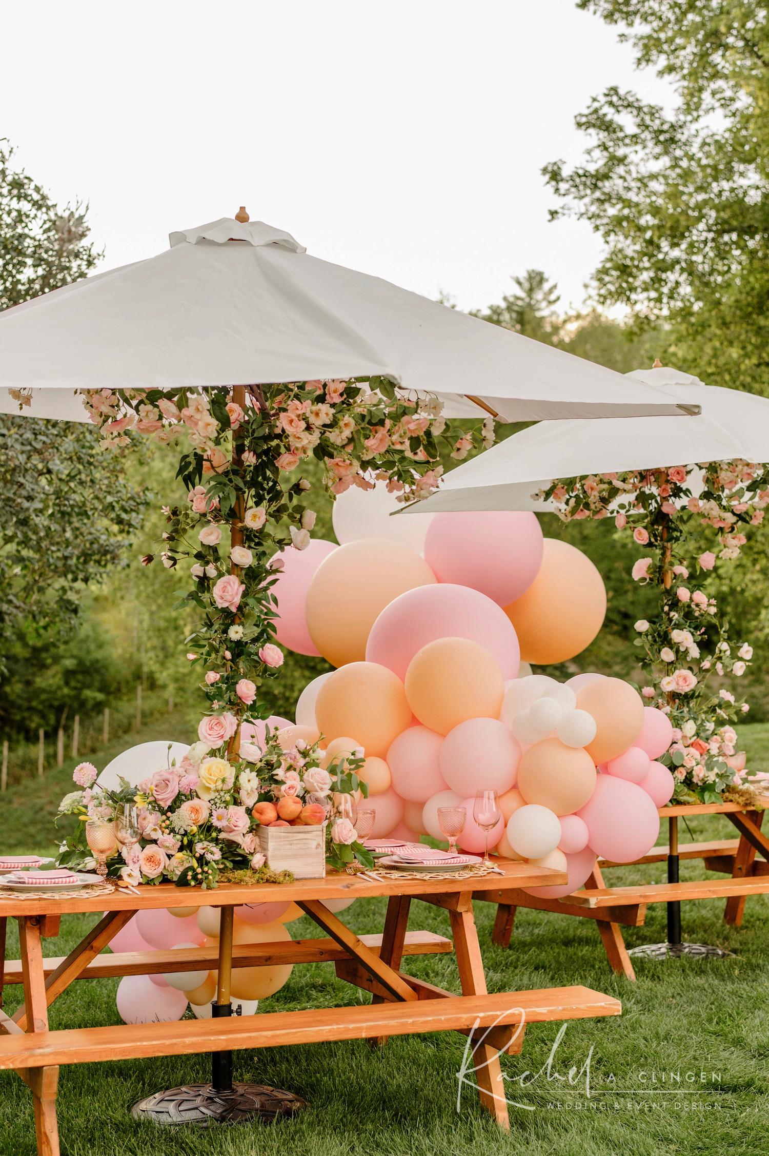 picnic birthday design balloons