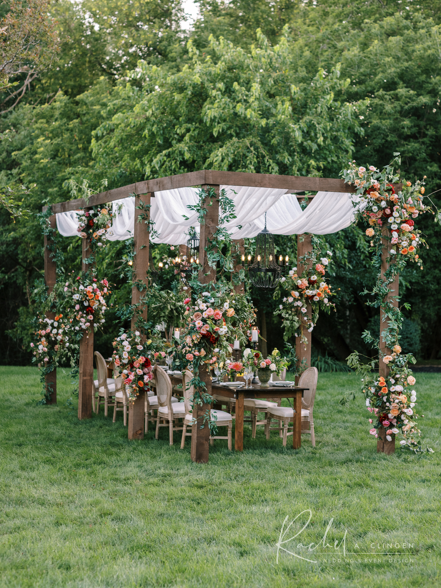 rachel a clingen backyard elfresco decor flowers