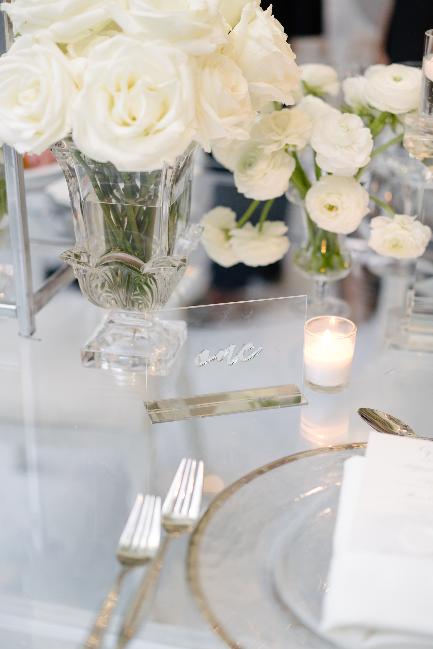 deconstructed white centrepieces