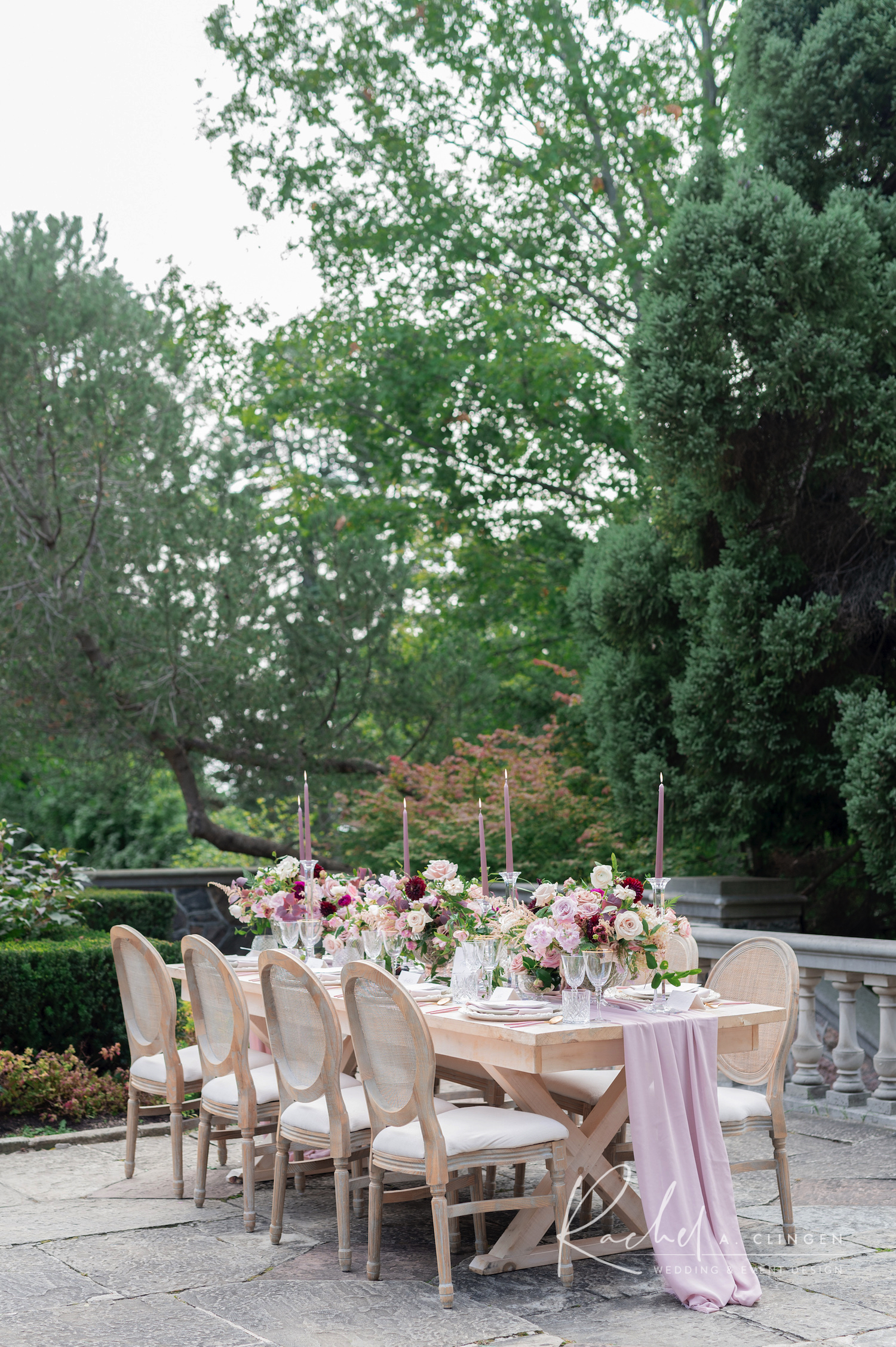graydon hall garden wedding table
