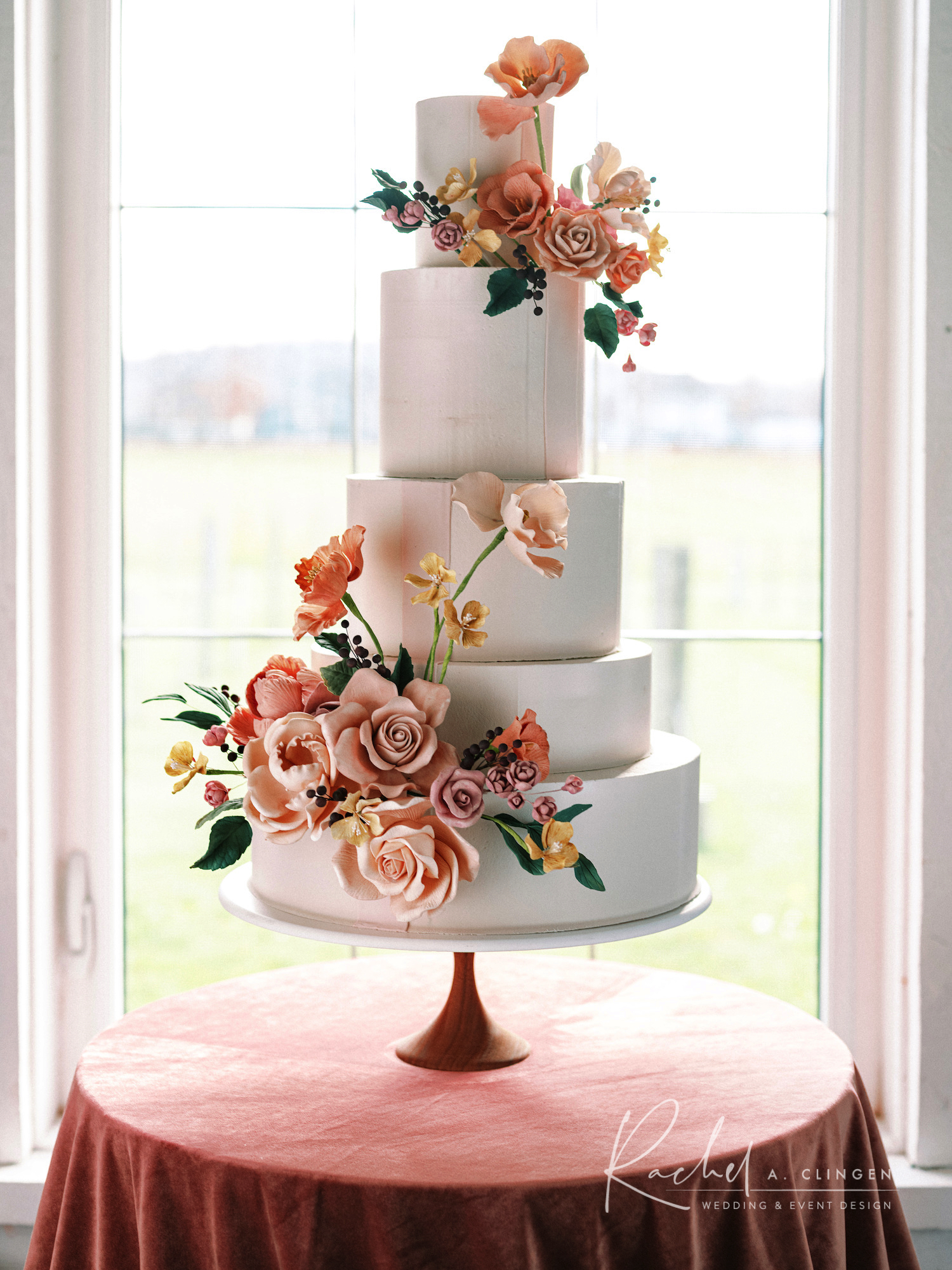 braestone mauve wedding cake